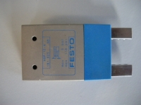 Festo HGP-10-A Parallel-Greifer (used)